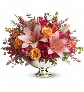 Teleflora's Beauty In Bloom in Thornhill ON, Wisteria Floral Design