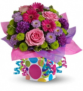 Teleflora's Confetti Present in Oklahoma City OK, Array of Flowers & Gifts