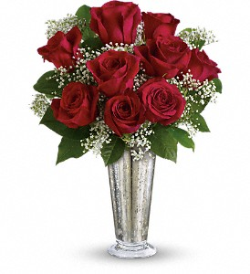Teleflora's Kiss of the Rose in Tampa FL, Moates Florist