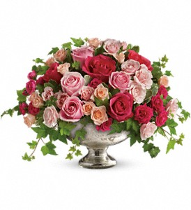 Queen's Court by Teleflora in Fredonia NY, Fresh & Fancy Flowers & Gifts