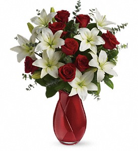 Teleflora's Look of Love Bouquet in Liverpool NY, Creative Florist