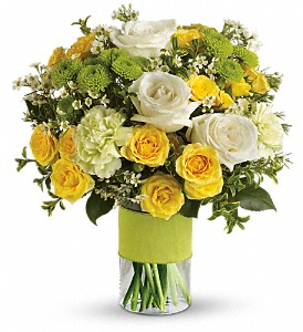 Your Sweet Smile by Teleflora in East Quogue NY, Roses And Rice