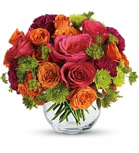 Teleflora's Smile for Me in Covington GA, Sherwood's Flowers & Gifts