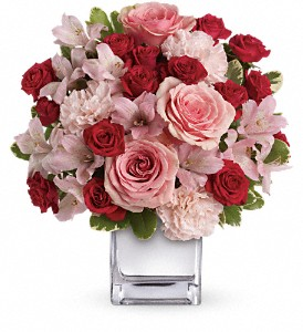 Teleflora's Love That Pink Bouquet with Roses in St. Petersburg FL, Andrew's On 4th Street Inc