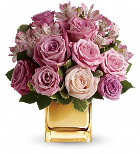 A Radiant Romance by Teleflora in Milwaukee WI, Belle Fiori