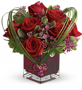 Teleflora's Sweet Thoughts Bouquet with Red Roses in White Stone VA, Country Cottage