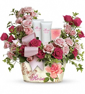 Teleflora's Everything Rosy Gift Bouquet in Guelph ON, Patti's Flower Boutique