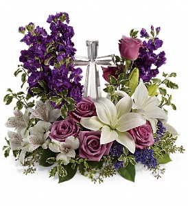 Teleflora's Grace And Majesty Bouquet in Big Rapids MI, Patterson's Flowers, Inc.