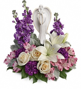Teleflora's Beautiful Heart Bouquet in Naples FL, Gene's 5th Ave Florist