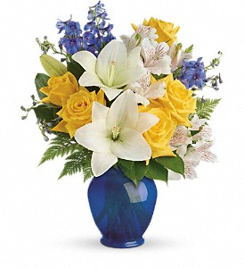 Teleflora's Oceanside Garden Bouquet in Battle Creek MI, Swonk's Flower Shop
