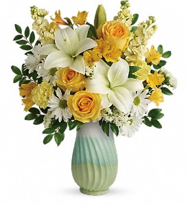 Teleflora's Art Of Spring Bouquet in Burlington NJ, Stein Your Florist