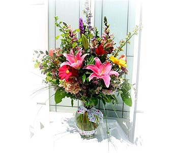 Song of Spring Bouquet in Lake Forest CA, Cheers Floral Creations