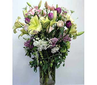 Opulent Flower Garden Bouquet by Edelweiss in Santa Monica CA, Edelweiss Flower Boutique