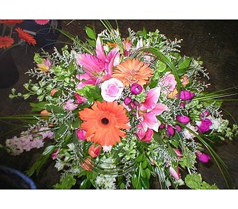 � in Arcata CA, Country Living Florist & Fine Gifts