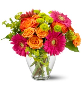 Teleflora's End of the Rainbow in Modesto, Riverbank & Salida CA, Rose Garden Florist