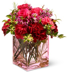Teleflora's Touch of Love in Buffalo Grove IL, Blooming Grove Flowers & Gifts