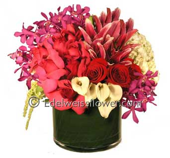Rich , Beautiful & Sophisticated Floral Bouquet in Santa Monica CA, Edelweiss Flower Boutique