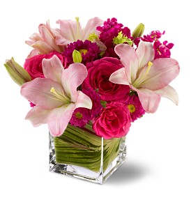 Teleflora's Posh Pinks in Friendswood TX, Lary's Florist & Designs LLC