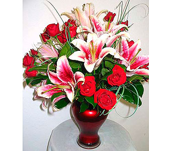 FF80 Unforgettable Vase Arrangement in Oklahoma City OK, Array of Flowers & Gifts