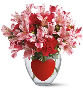 Teleflora's Big Heart Bouquet in Clearwater FL, Flower Market