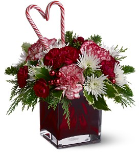 Teleflora's Holiday Sweetheart in Lenexa KS, Eden Floral and Events