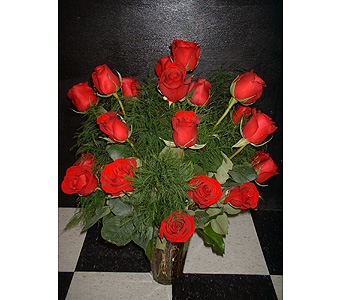 18 Red Roses in Dallas TX, Z's Florist