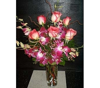 Pink Splash in Dallas TX, Z's Florist