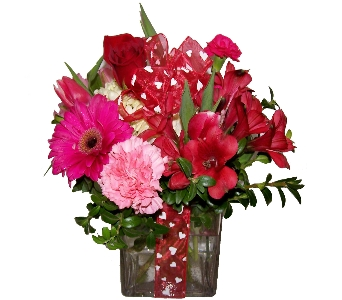 Be My Valentine in Wading River NY, Forte's Wading River Florist