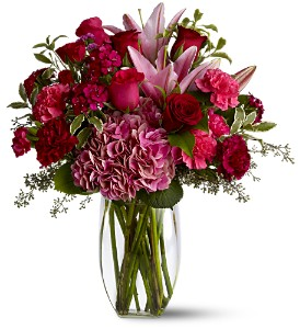Burgundy Blush in Inver Grove Heights MN, Glassing Florist