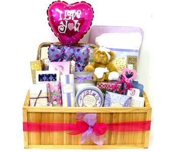 GB277 ''Lavender Love'' Bath & Body Gift Set in Oklahoma City OK, Array of Flowers & Gifts
