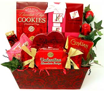 VGF35 ''Tender Kisses'' Gourmet Food Basket in Oklahoma City OK, Array of Flowers & Gifts