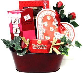 VGF36 ''Your Heart's Desire'' Gourmet Basket in Oklahoma City OK, Array of Flowers & Gifts