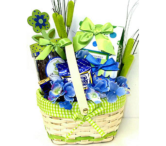 GF84  ''Green With Envy'' Gourmet Food Basket in Oklahoma City OK, Array of Flowers & Gifts