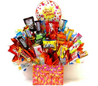 CB239  ''Special Mom'' Candy Bouquet in Oklahoma City OK, Array of Flowers & Gifts
