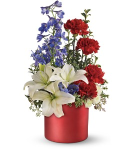 Teleflora's Love that Red Bouquet in Dubuque IA, New White Florist