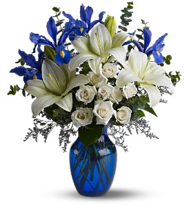 Blue Horizons in Trumbull CT, P.J.'s Garden Exchange Flower & Gift Shoppe