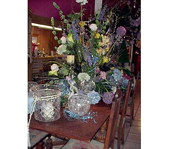 Antique Table settings in San Antonio TX, Allen's Flowers & Gifts