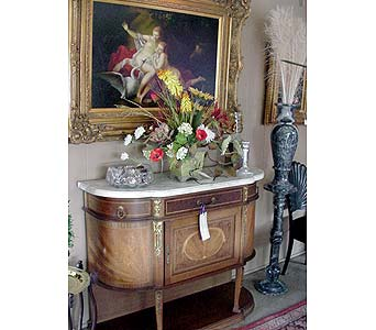 Antique Louie XVI in San Antonio TX, Allen's Flowers & Gifts