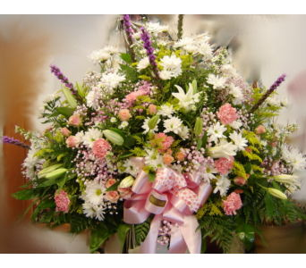 Splendor Funeral Basket in Hialeah FL, Bella-Flor-Flowers