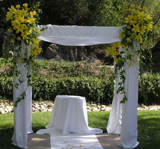 Sunshine Wedding Flower  Chuppah in Santa Monica CA, Edelweiss Flower Boutique