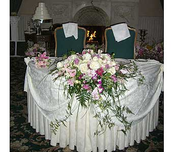 Head Table in Denville NJ, Flowers by CandleLite