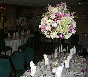 Center Piece in Denville NJ, Flowers by CandleLite