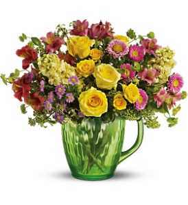 Spring Pitcher Bouquet Deluxe in Grand Island NE, Roses For You!