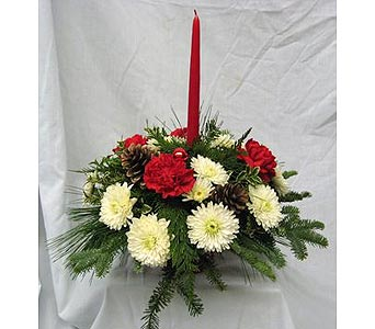 Single Candle Holiday Centerpiece in New Paltz NY, The Colonial Flower Shop