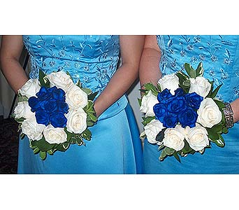 Stunning Blue RosesPlease call for more info 888-279-7845 in Manotick ON, Manotick Florists