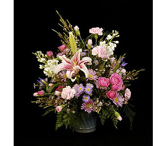Everyday Traditional Arrangement in Lewistown PA, Deihls' Flowers, Inc