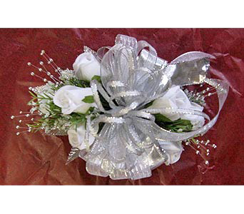 Prom silk rose wrist corsage in Portsmouth OH, Kirby's Flowers