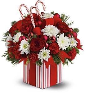 Teleflora's Christmas Present Bouquet - Deluxe in Parma OH, Pawlaks Florist