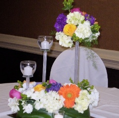 Center Piece in Canonsburg PA, Malone Flower Shop