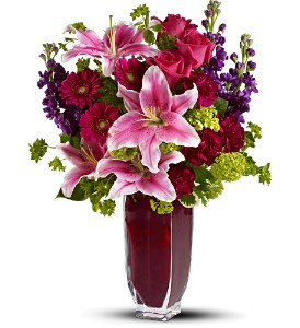 Teleflora's Cheek to Cheek in Longview TX, The Flower Peddler, Inc.